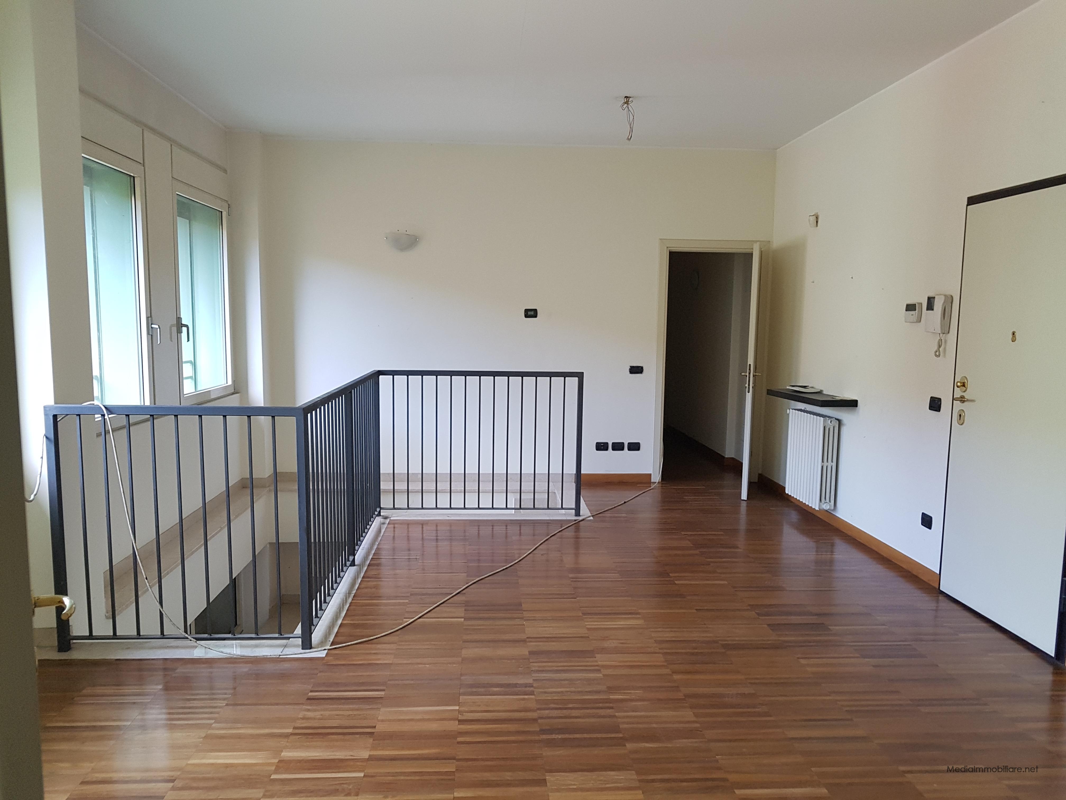 Via B. Verro open space su due livelli